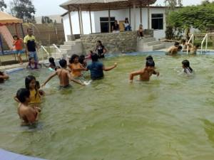 Schwimmbecken im casa lentch